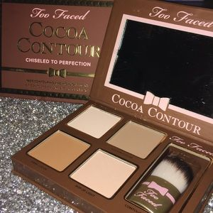 Too Faced Cocoa Contour & highlighting Kit- NIB